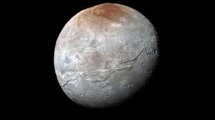 NASA publikuje najnowsze zdjęcia z New Horizons. Tym razem pofałdowany Charon